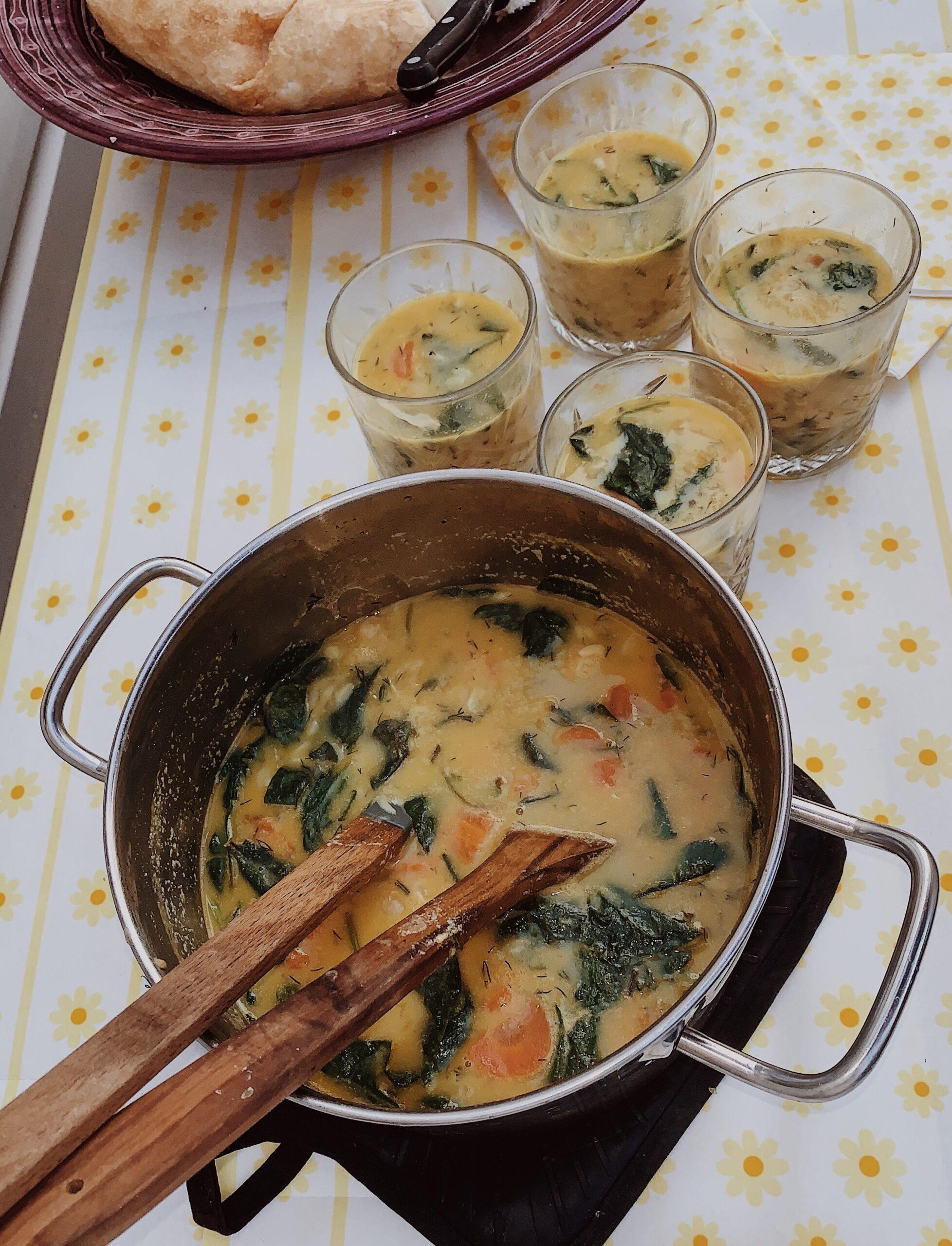 Frisse orzo soep