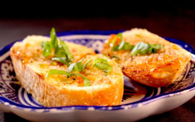Bruchetta with olive oil and tomato