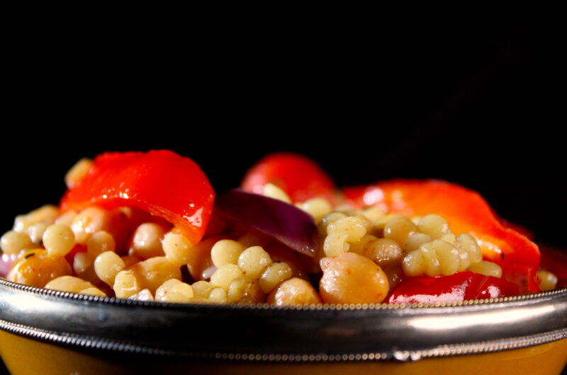 Juicy pearl couscous with grilled chickpeas, jerusalem artichoke and peppers
