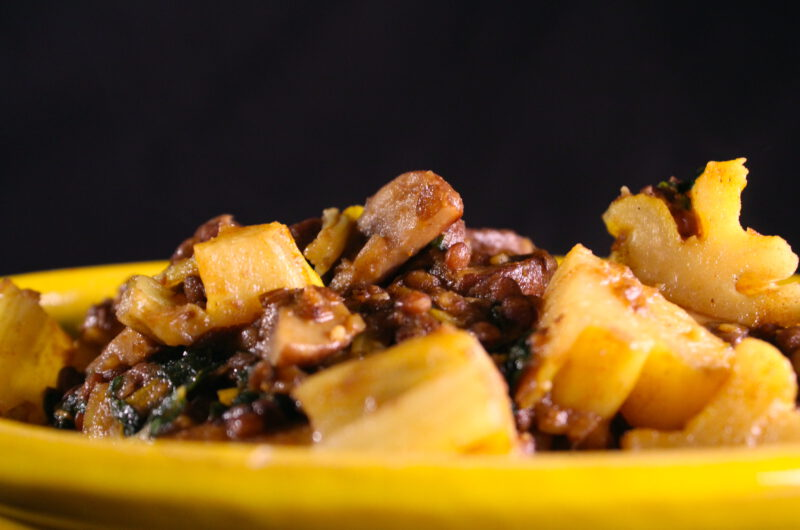 Swiss chard with lentils, mushrooms and potato