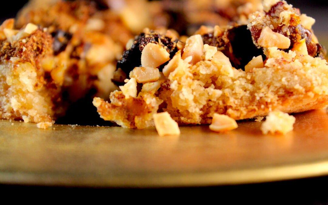 Moroccan apple date pie